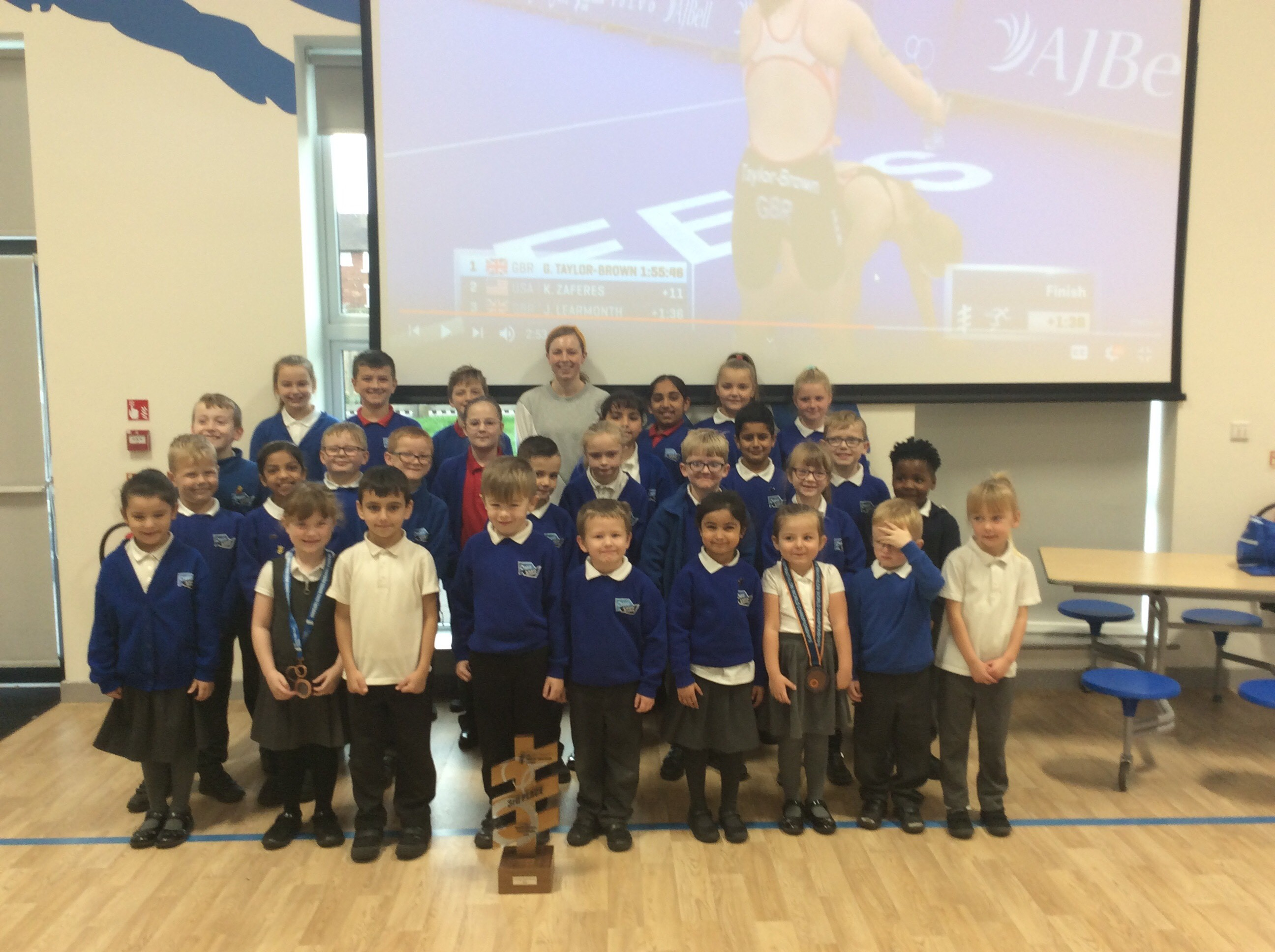 World triathlete visits Oasis Academy Broadoak and inspires the next generation